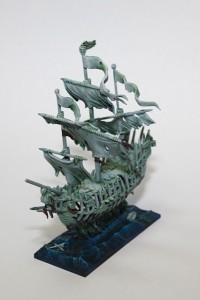 Dreadfleet Black Kraket and Shadewraith
